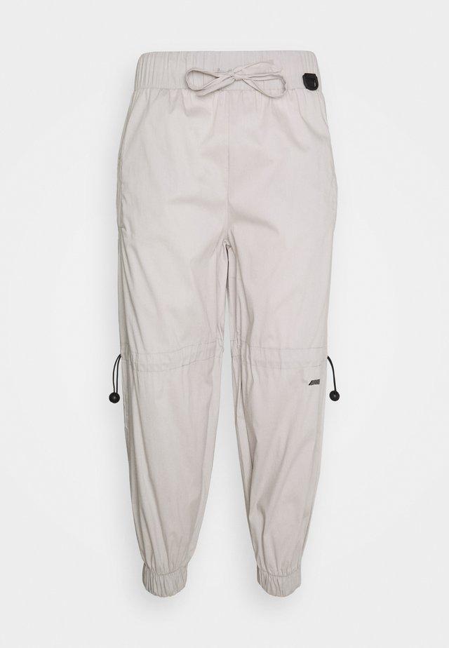 PANT - Kangashousut - grey