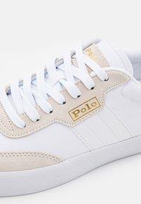 Polo Ralph Lauren - COURT - Tenisky - white/pure white - 5