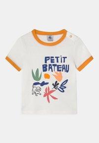 Petit Bateau - Print T-shirt - marshmallow - 0