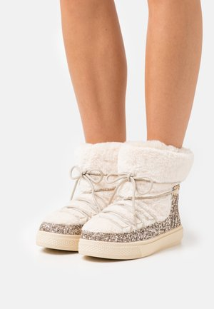GLITTER - Winter boots - gold-coloured