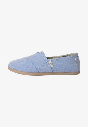 CLASSIC COMBI - Slip-ons - light blue