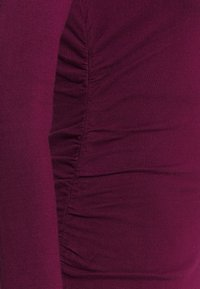 Steffen Schraut - STRETCH DRESS SPECIAL - Pletené šaty - wild berry - 2
