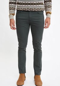 DeFacto - MAN  - Slim fit jeans - green - 0