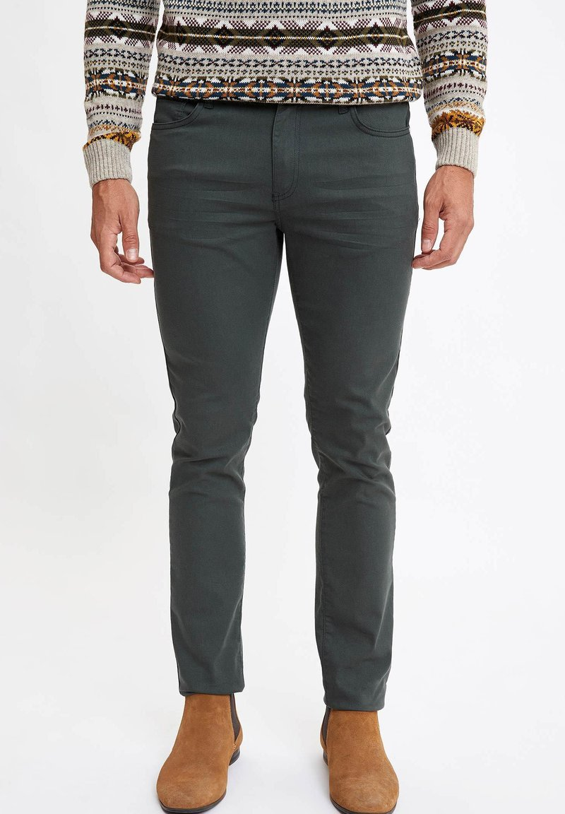 DeFacto - MAN  - Slim fit jeans - green