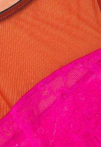 Dora Larsen - NATALIE HIGH APEX - Body - bright pink - 2