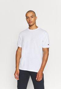 Champion - CREW NECK 2 PACK - Basic T-shirt - white/navy - 1