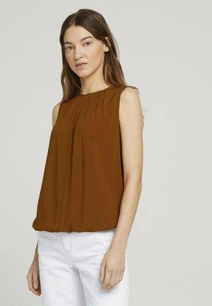 MIT ELASTISCHEM BUND - Blouse - caramel brown