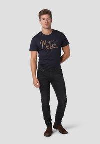 Gnious - SKINNY - Jeans Skinny Fit - magic black - 1
