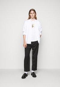 Bally - Print T-shirt - white - 1