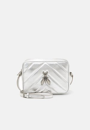 FLY QUILTED METALLIC MINIBAG - Across body bag - silver