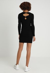 ONLY - ONLNEELA DRESS - Strikket kjole - black - 2