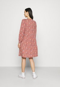 ONLY - ONLSKY DRESS - Jerseykjole - bossa nova - 2