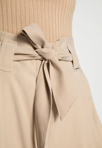 comma casual identity - Trousers - sand - 4