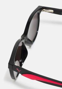 Puma - SUNGLASS KID UNISEX - Sluneční brýle - black - 2