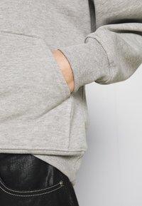 Gestuz - RUBI HOODIE - Sweatshirt - light grey melange - 5