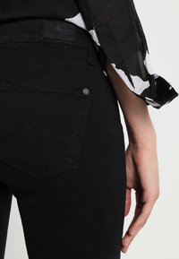 Pepe Jeans - SOHO - Skinny džíny - black - 4