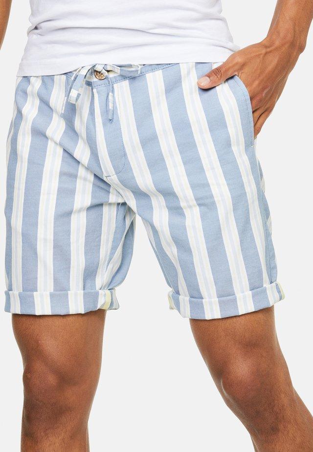 Shorts - bunt