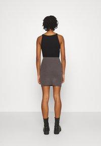 Even&Odd - Basic mini ribbed skirt - Falda de tubo - mottled dark grey - 2