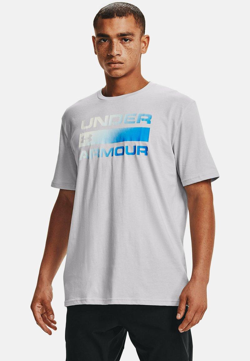 Under Armour - UA TEAM ISSUE WORDMARK  - Print T-shirt - halo gray