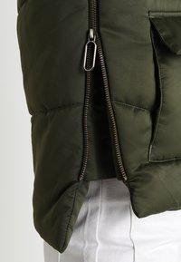 Urban Classics - LADIES SHERPA HOODED JACKET - Winter jacket - dark olive/dark sand - 5