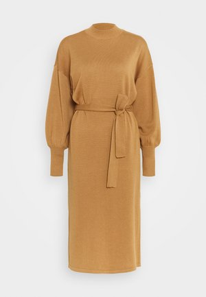 VMMELA HIGH NECK CALF DRESS - Robe pull - tobacco brown