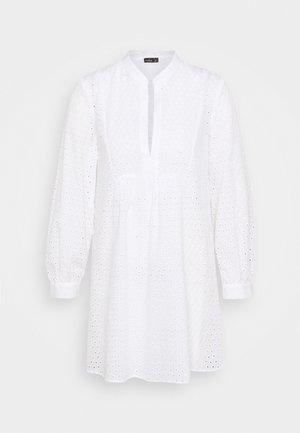 BERIT - Day dress - weiß