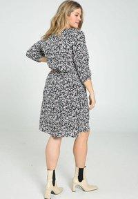 Paprika - Day dress - marine - 2