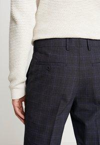 Selected Homme - SLHSLIM KENT PANTS - Kalhoty - dark blue - 3