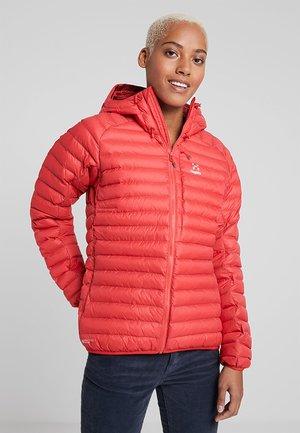 ESSENS - Winter jacket - hibiscus red/brick red