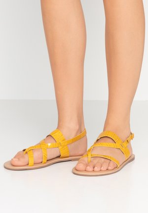 FABIENNE TRIPLE STRAP GLAD T-BAR - Varvassandaalit - yellow