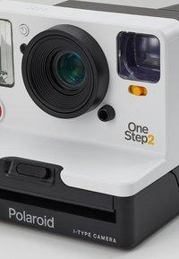 Polaroid Originals - ONESTEP 2 - Camera - white - 5