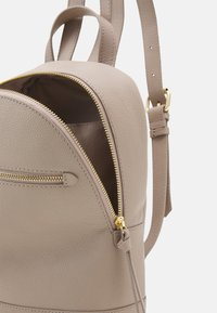 Anna Field - LEATHER - Rucksack - taupe - 2