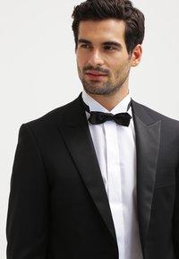 Eton - SLIM FIT - Camicia elegante - white - 3