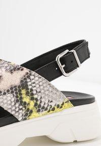 Högl - Platform sandals - multicolor/limone - 2
