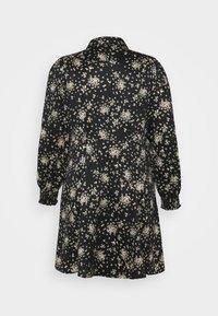 Vero Moda Curve - VMGAJA SHIRT DRESS CURVE - Tunika - black/felicia - 1