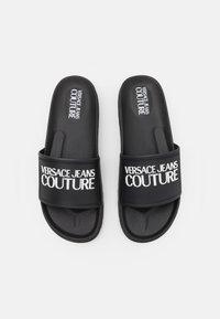 Versace Jeans Couture - SLIDE - Rantasandaalit - nero - 3