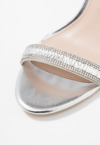 Dorothy Perkins - SWEETIE SPARKLE JEWELLED  - Sandalen - silver - 2