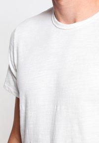 rag & bone - CLASSIC TEE - T-shirt basique - white - 3