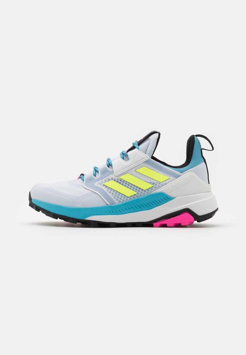 adidas Performance - TERREX TRAILMAKER - Vaelluskengät - halo blue/hi-res yellow/crystal white