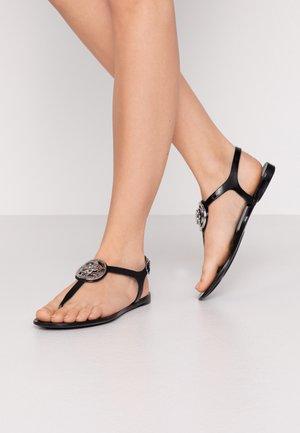 JAXX - Sandály s odděleným palcem - black
