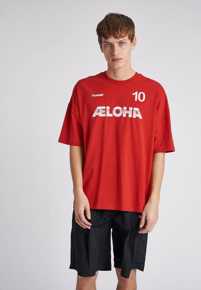 T-Shirt print - true red