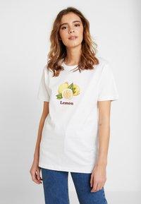 Merchcode - LADIES LEMON TEE - Print T-shirt - white - 0