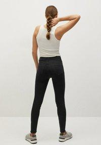 Mango - NOA - Jeans Skinny Fit - black denim - 2