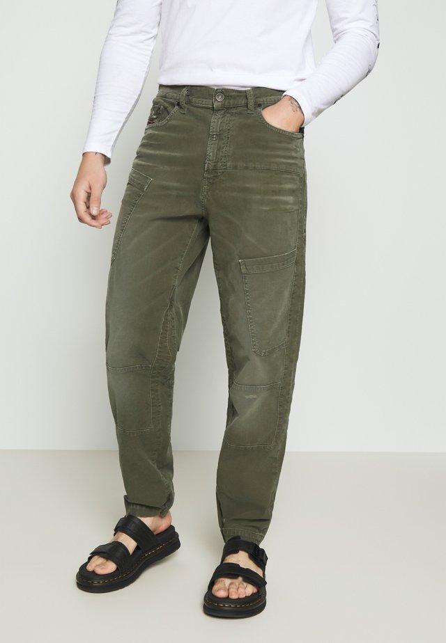 D-AZERR-NE JOGGJEANS - Pantaloni cargo - olive