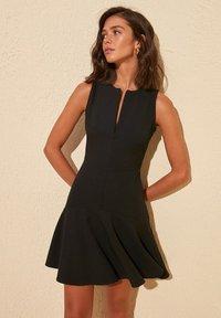 Trendyol - Robe d'été - black - 1