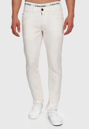 WOODS - Jean slim - white