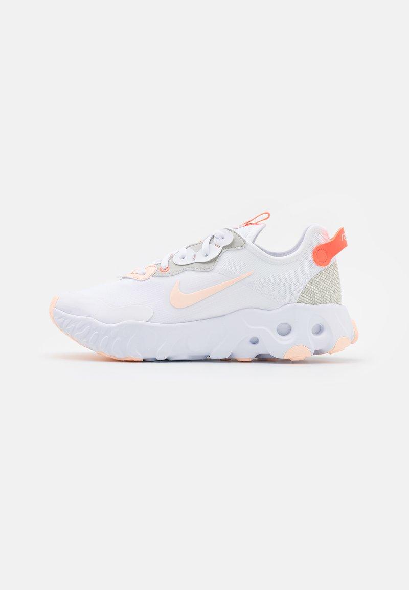 Nike Sportswear - ART3MIS - Joggesko - white/crimson tint/bright mango