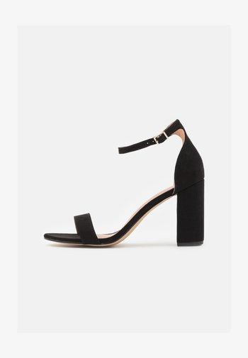 BEELLA - Sandaler med høye hæler - black