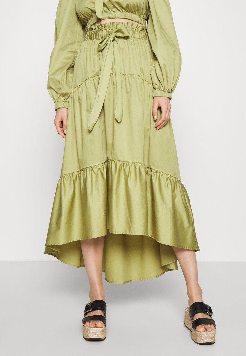 Who What Wear - TIERED TIE WAIST SKIRT - Jupe trapèze - cedar