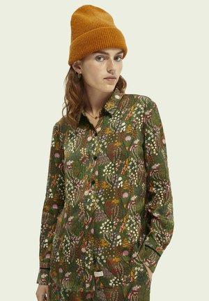 REGULAR FIT  - Button-down blouse - green